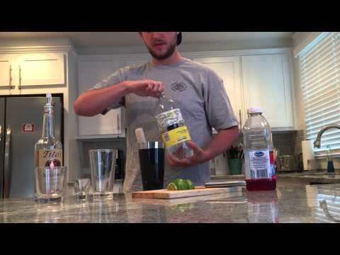 How to Make a Vodka Cranberry