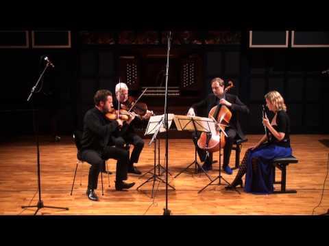 Britten:Phantasy Quartet for Oboe & String Trio, Op.2 Bulllen,Bowman,Dann,Ortner