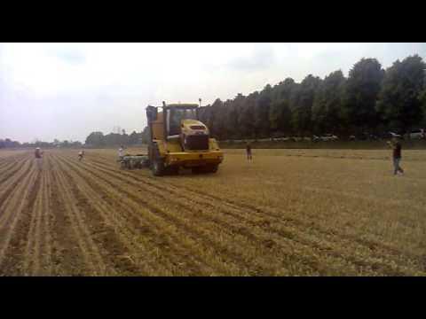 Interramento e preparazione del letto di semina terragator in azione con strip till youtube - Letto di semina ...
