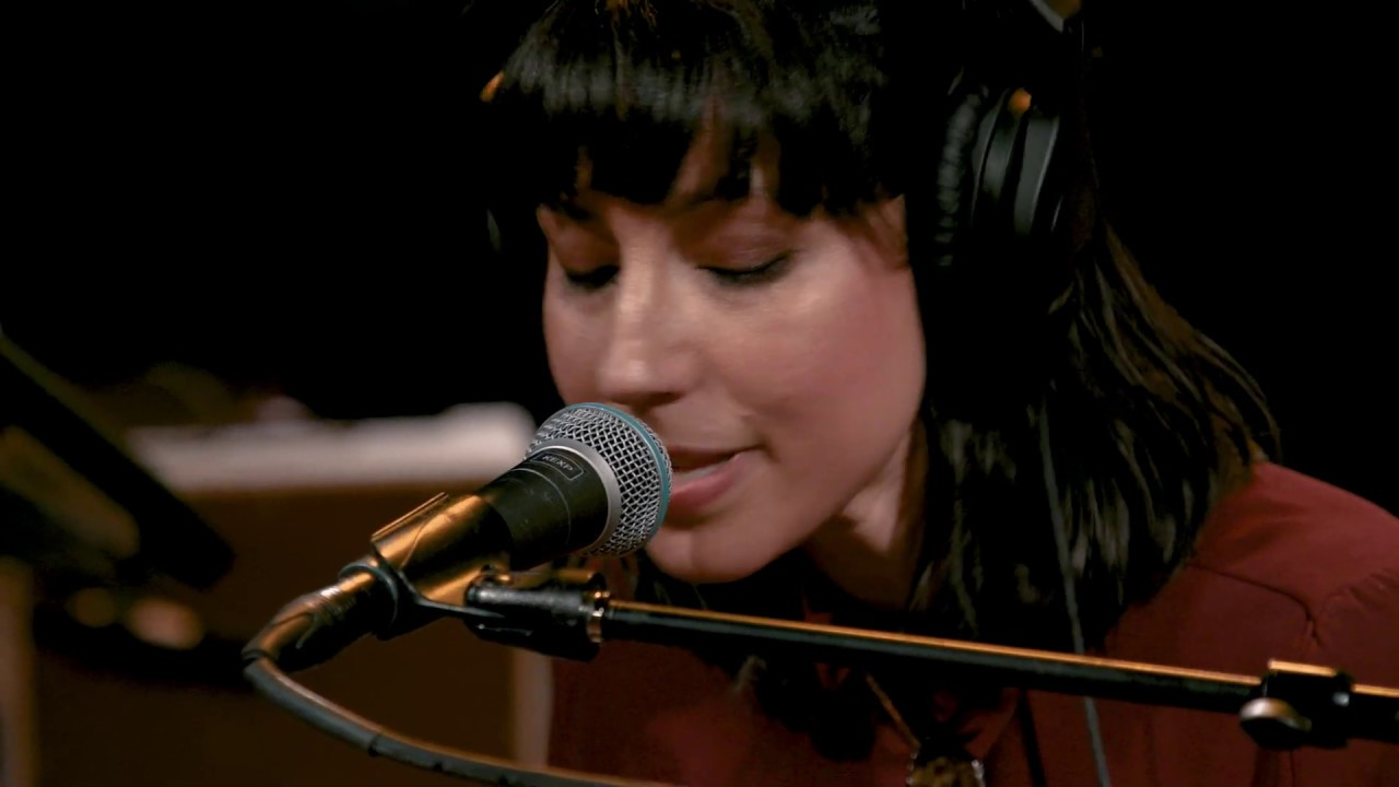 Jessica Dobson - Walking On A Switchblade (Live on KEXP)