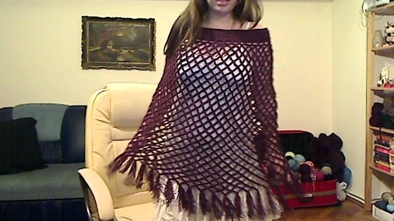 Easy to crochet poncho using Yolanda\'s tutorial - YouTube