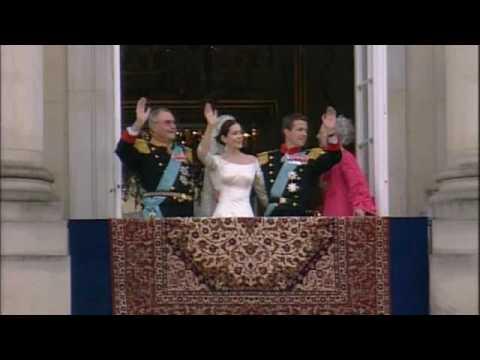 Royal Wedding Youtube.Royal Wedding Frederik Mary Balcony Scene 14 May 2004 Youtube