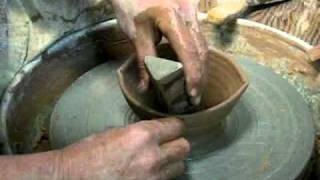 7 Bowls, 7 Ways! How to Throw and Alter Seven Types of Bowls on the Pottery Wheel