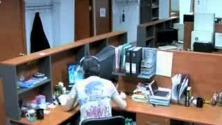Прикол в офисе компании