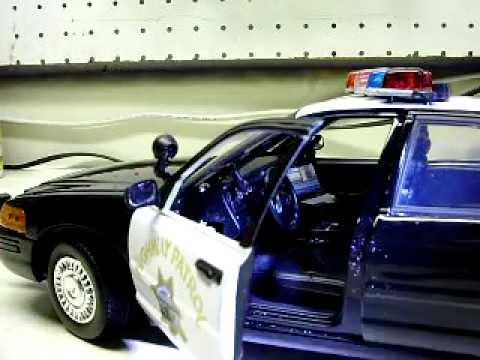 Custom 1 18 Scale Ford Crown Vic Chp Police Car With