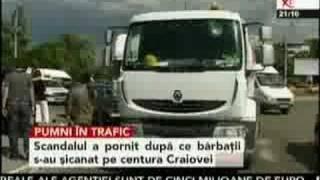 Pumni în trafic la Craiova