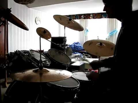 32 songs in 8 minutes  Drum