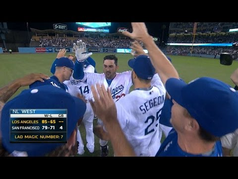 Gonzalez rips walk-off double to right