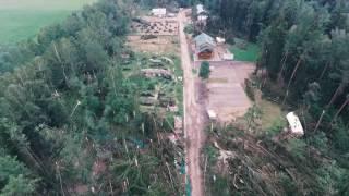 Вместо леса - бурелом. Прилуки и Комарово после стихии 13 июля с высоты(В нескольких километрах от МКАД стихия 13 июля превратила лес в кубометры пиломатериала. Судьба загородного..., 2016-07-14T20:02:56.000Z)