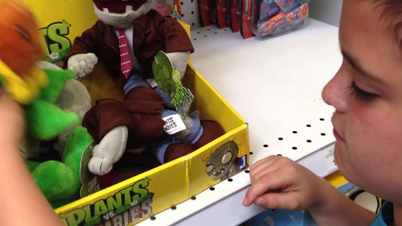Zombie Toys R Us : Plants vs zombies toys at r us youtube