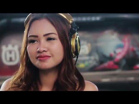 FDJ-EMILY YOUNG - NGOMONG APIK APIK (Lirik Video)
