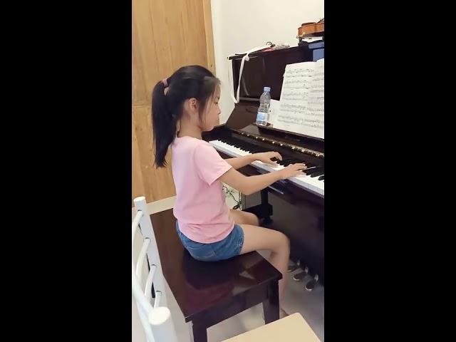 เรียนเปียโน ได้ความรู้ สมาธิ และบุคลิกภาพ
