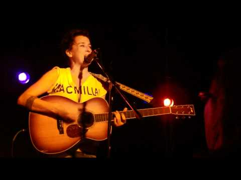 Melissa Ferrick - Black Tornado (Dan Bern cover, live in San Diego)