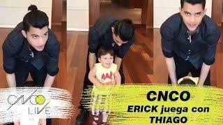 ERICK jugando con THIAGO + muerde a CHRIS + ZABDI imita HEY DJ | CNCO | HD