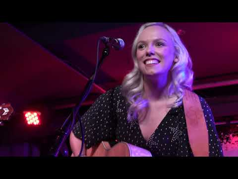Emily Faye - Suck To Be You @ 229 The Venue 05-12-2019 - 4K
