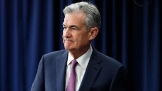 Trump complains to donors about Powell's rate hikes