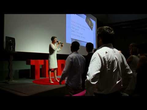 Elle fait chanter vos neurones | Sandrine MUSEL | TEDxClermont