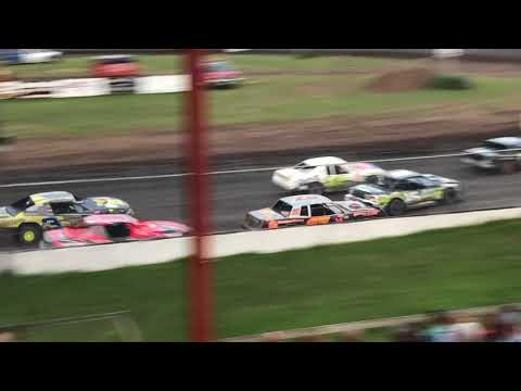Benton County Speedway - Iowa stock car racing action!