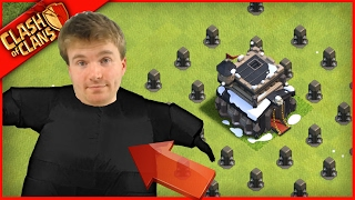 FAT GUY PLAYS Clash of Clans, WONT STOP EATING