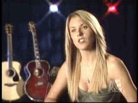 Liz Phair - Breakfast With The Arts Interview
