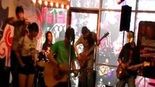 An Honest Mistake @ Homegrownspace Wisma Bentley 15 August 2009 Part 2