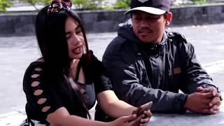 Gambar cover DHANI YK ft Kurnia Dewi - Ngebet Rabi (Official Video Lyric)
