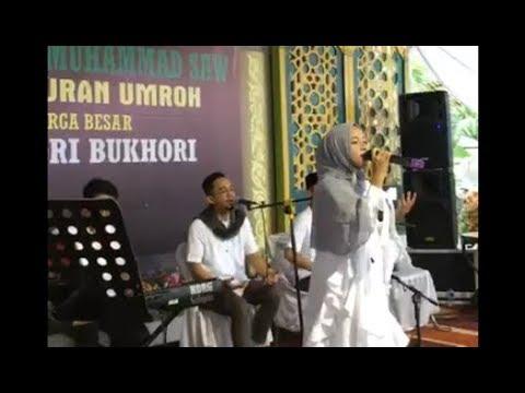 Nissa Sabyan - Qomarun (Live Bandung)