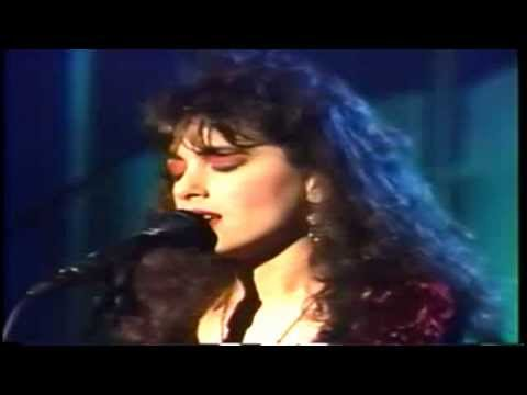 The Bangles - Eternal Flame (Live in 1989 - The Arsenio Hall TV-Show)