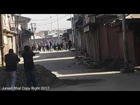 Clashes Erupt in Sopore town After Friday Prayers