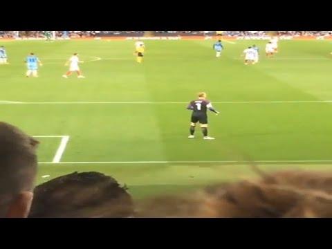 Joe Hart Waving Goodbye To Manchester City Fans Vs Steaua Bucharest At Home