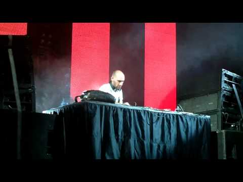 05.05-Len Faki @Ultra Music Festival Buenos Aires[ Opening Set (45 min)]