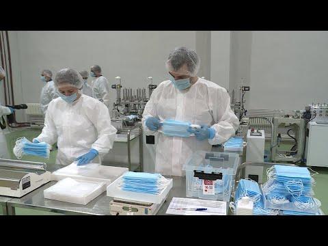 "Производство медицинских масок на заводе ""Медсинтез"""