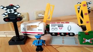 Train and cars for kids - Toy BuBaBi - Wooden Train - Game and video 8