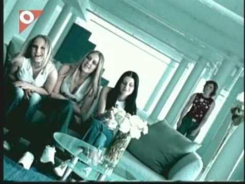 Holki - Když me líbáš ( Official clip )