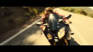 Tom Cruise Mission Impossible 5 - BMW Motorrad S1000RR Chase