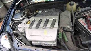 P1090278 moteur clio 2
