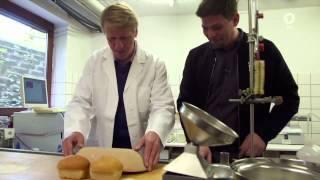 Lebensmittel-Check mit Tim Mälzer Folge 2 - Wie gut ist unser Brot? - Backhandwerk, Massenware - ARD