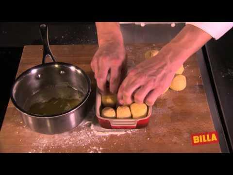 Buchteln mit Vanillesauce from YouTube · Duration:  3 minutes 11 seconds