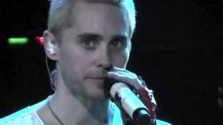 Скачать 30 Seconds To Mars Live Bad Romance Jared Talking 08 06 10 013 Tilburg HD