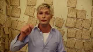 Ellen Meets Alon - Passover