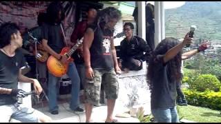 Gambar cover Mimpi hitam (boomerang).mp4