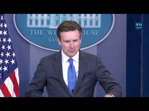 1/3/17: White House Press Briefing