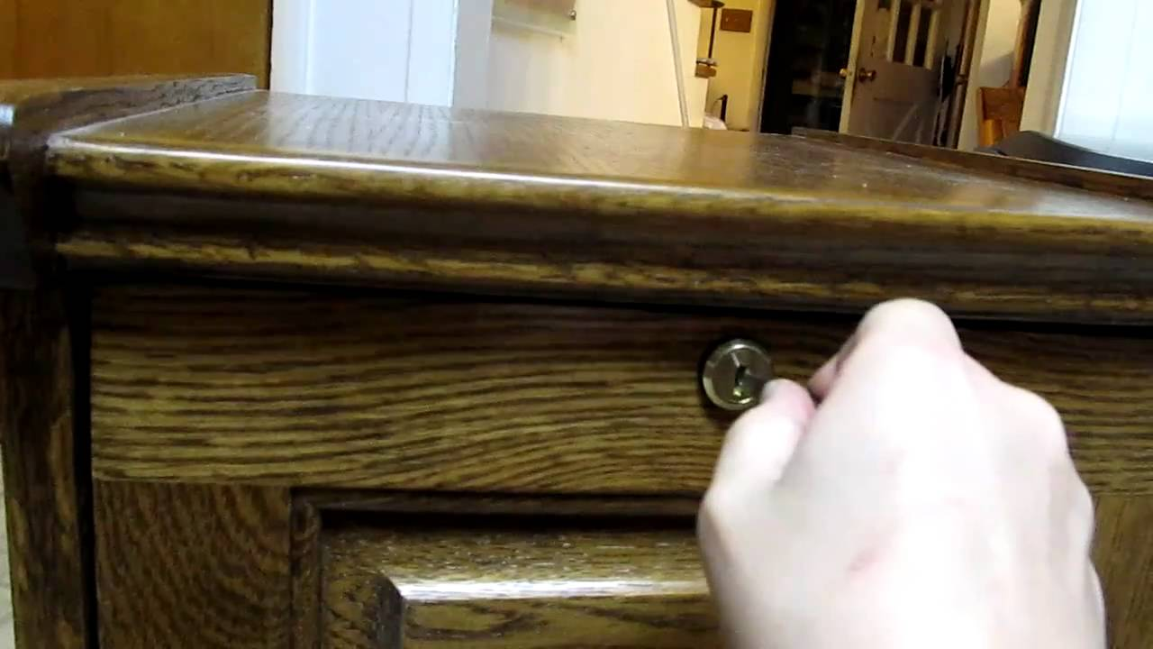 Picking a file cabinet lock with nail clippers - YouTube