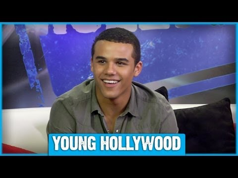 GLEE Star Jacob Artist Answers  Twitter Questions