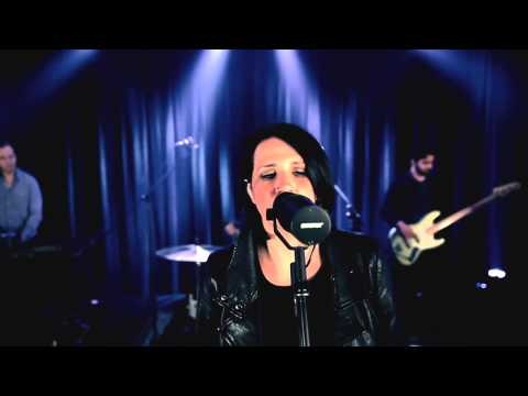 Amanda Cook -  You Make Me Brave (Acoustic)