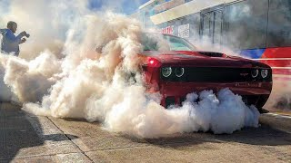 CHALLENGER HELLCAT RIPS FAT BURNOUT Leaving Cars And Coffee Houston January 2019!!