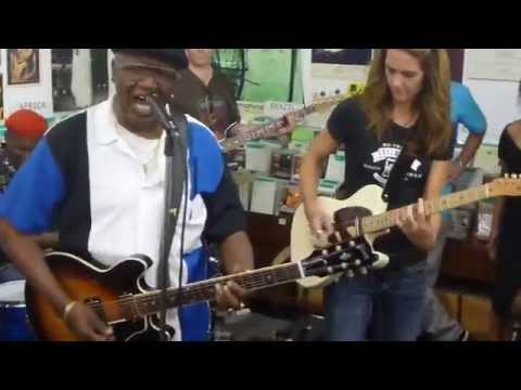 Linsey Alexander w/Kate Moss- Somebody Call My Wife- Delmark Records Blues Brunch