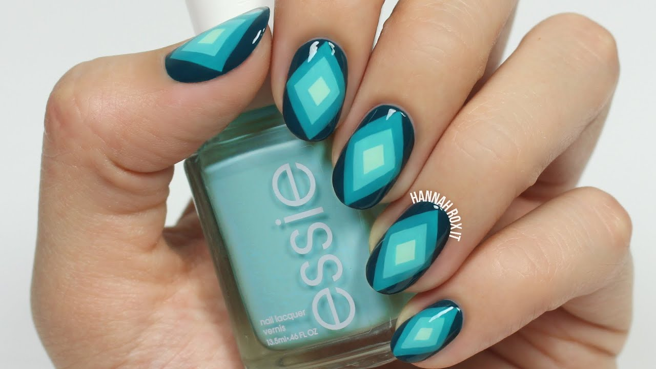 ombre diamond nail art
