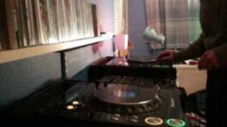 dirtyboyfunk Calvin Harris - Girls twist with Audio Bullys - Drop It