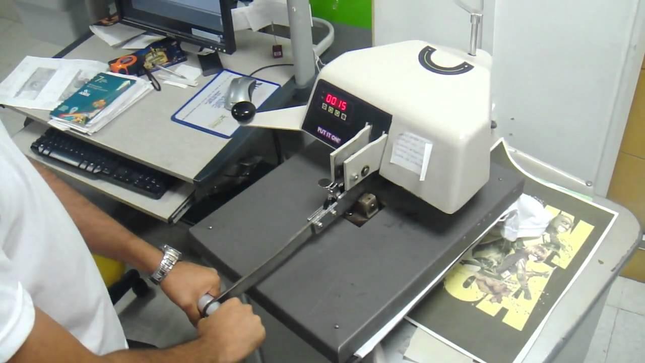 Proceso de estampado de camiseta - YouTube 0104305cc4125